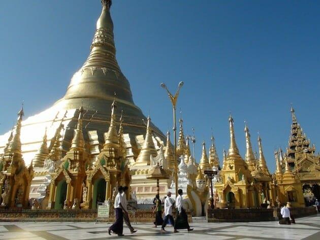 paya schwedagon rangoon birmanie