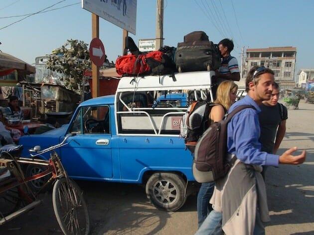 Birmanie mandalay taxis bleus groupe