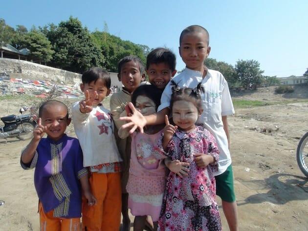 Mandalay birmanie enfants
