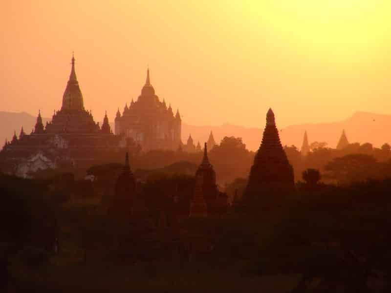 coucher de soleil Birmanie bagan