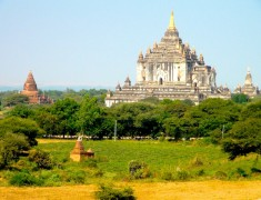 temple a bagan en birmanie