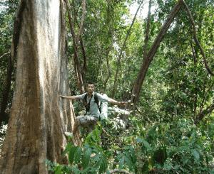 Alex jungle xe pian Laos