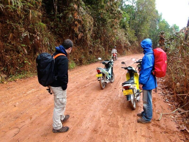 Laos en moto Boucle de Thakhek en 4 jours 1