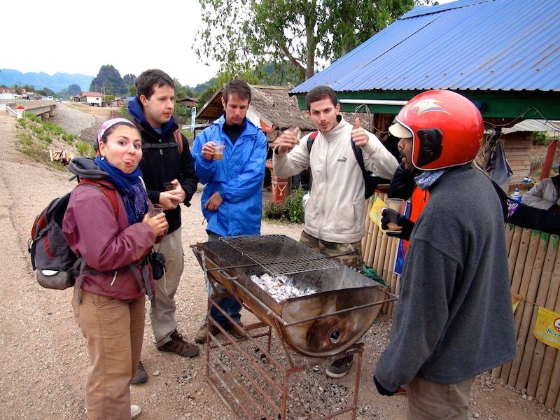 amis voyageurs thakhek laos