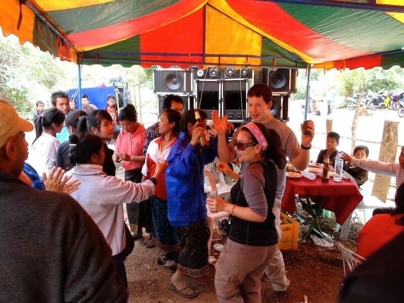 fete village boucle moto thakhek laos