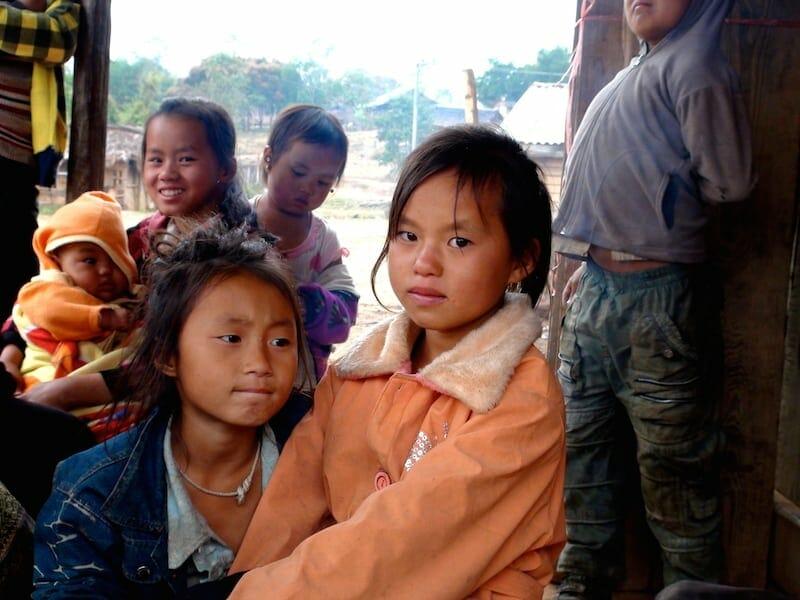 jeune fille thakhek laos