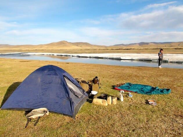 trek a cheval mongolie camping au bord de la riviere