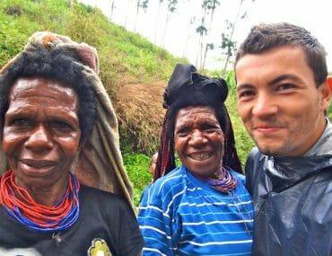 alex et femmes papoues wamena papouasie