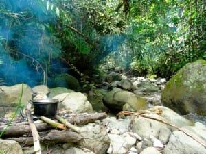 marmitte sur le feu vallée du Baliem Papouasie