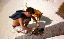 alex vide le poisson île des Pins Nouvelle Calédonie