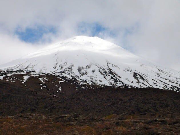 parc national de tongariro sommet enneigé nouvelle zélande