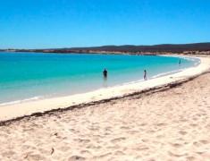 plage exmouth cap range australie