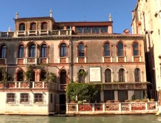 maison bord grand canal venise