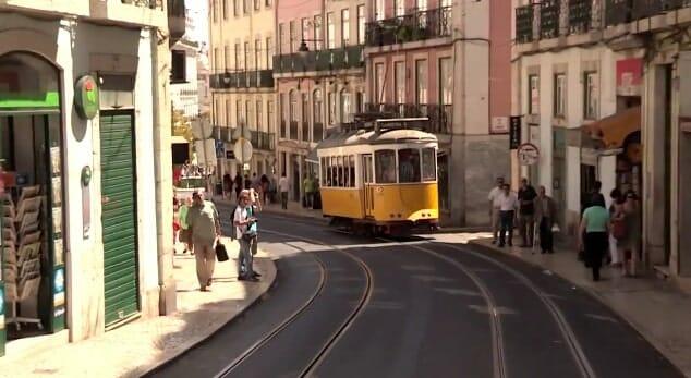 tramway rue de lisbonne