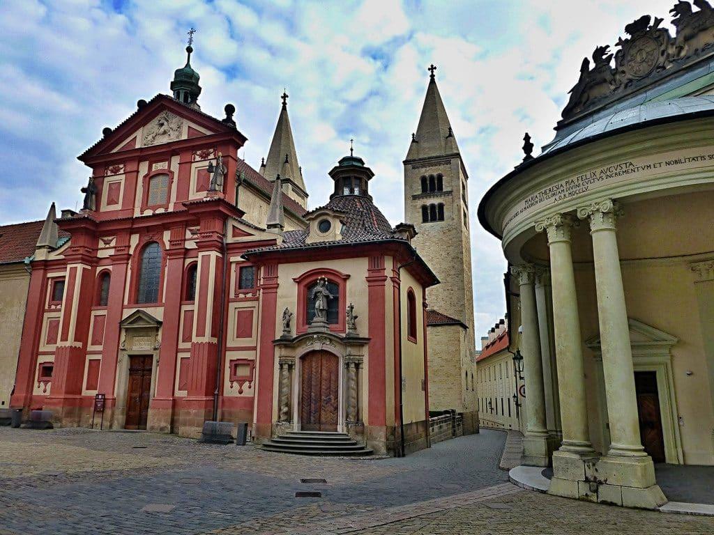 basilique_saint_georges_visiter_prague