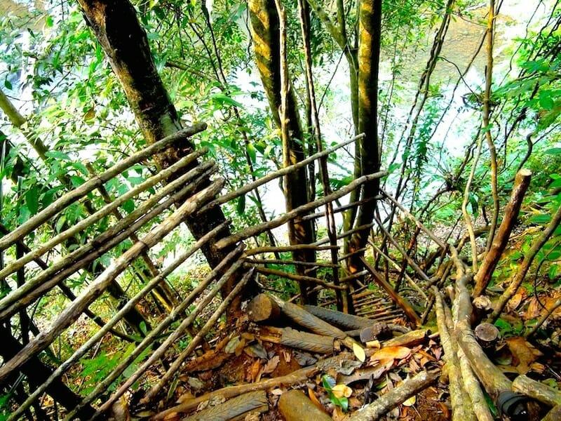 acces aux cascades Laos