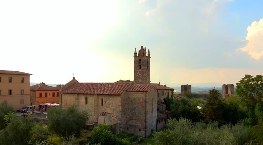 eglise village Monteriggioni
