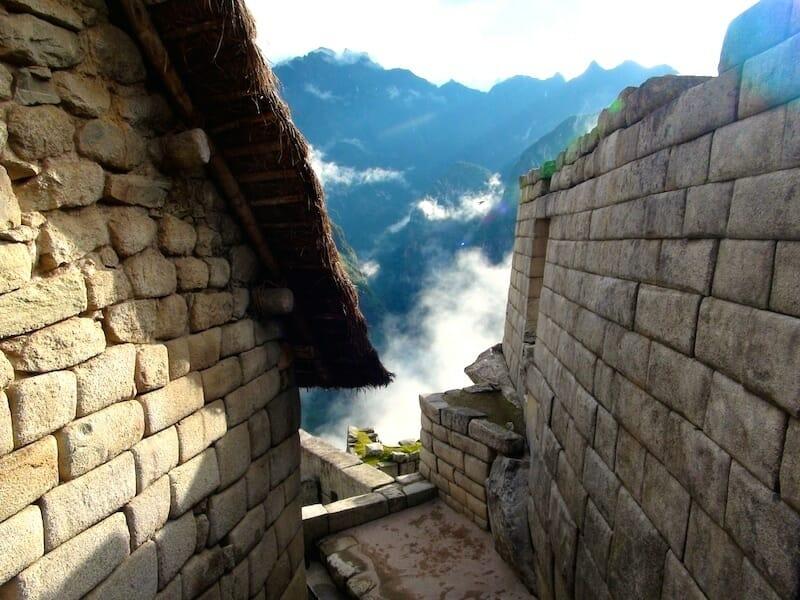 maison sur le site du machu picchu