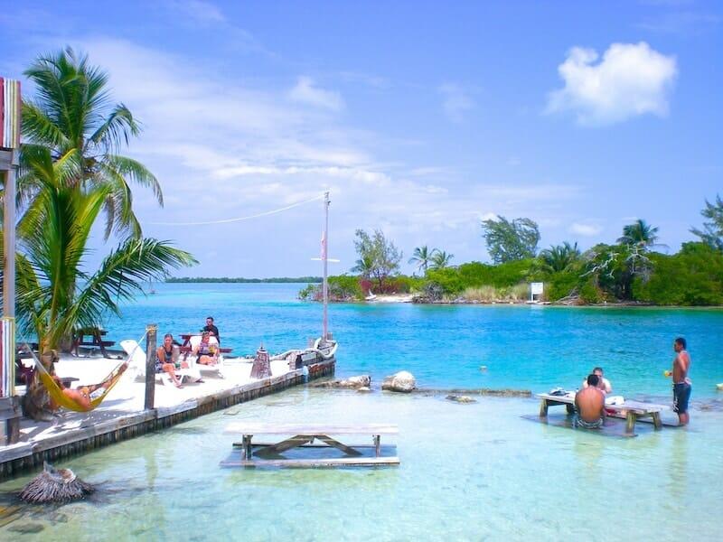 lizard beach bar caye caulker belize