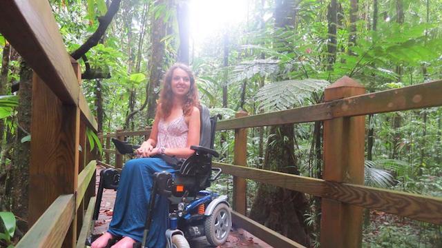 voyager seule en fauteuil roulant audrey barbaud