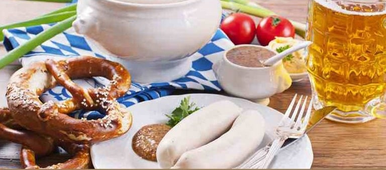 petit déjeuner bavarois au saucisse blanche