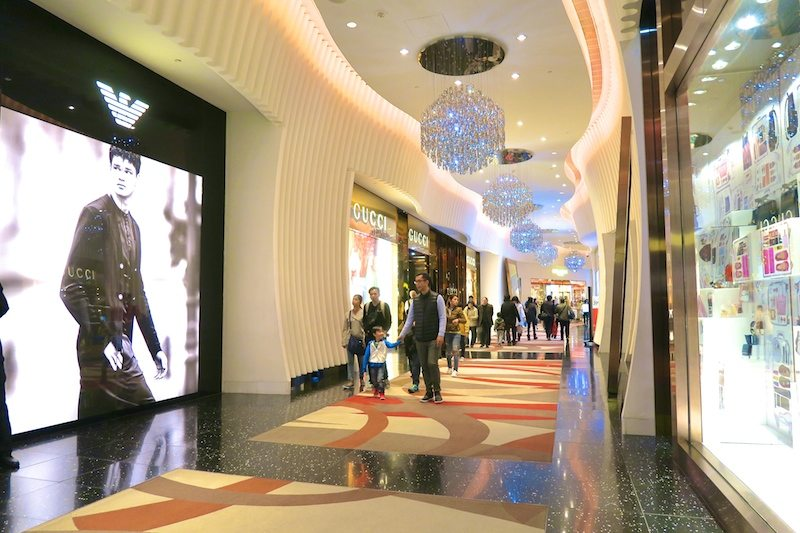 macao shopping casino