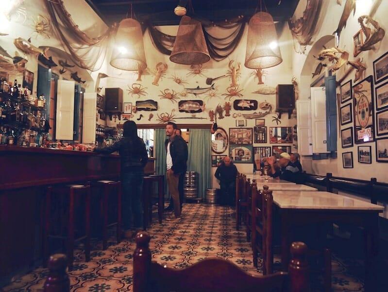 Le bar The Gleneagles, à Gozo.
