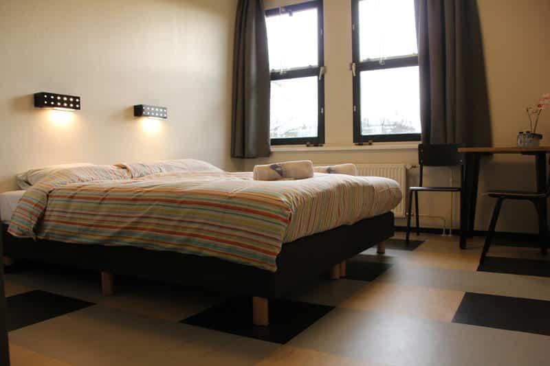 dormir à amsterdam auberge jeunesse stayokay vondelpark hostel