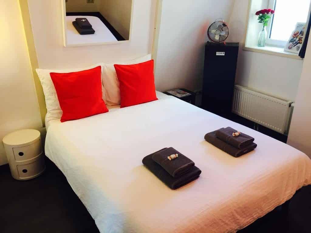 dormir à amsterdam hotel manikomio
