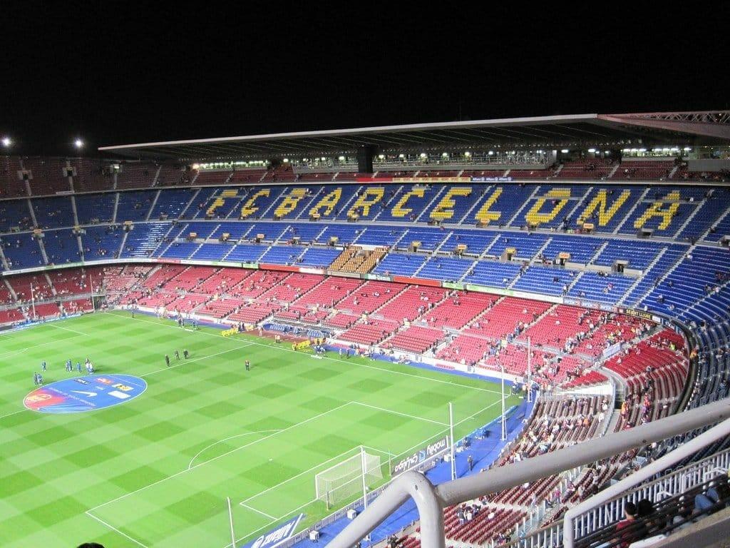nou camp fc barcelone