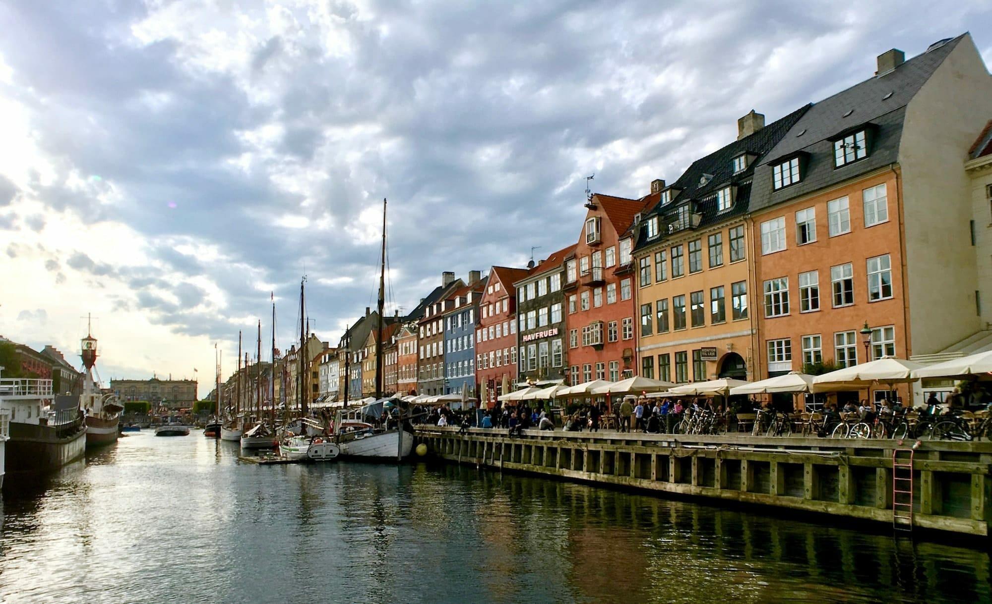 port nyhavn-min