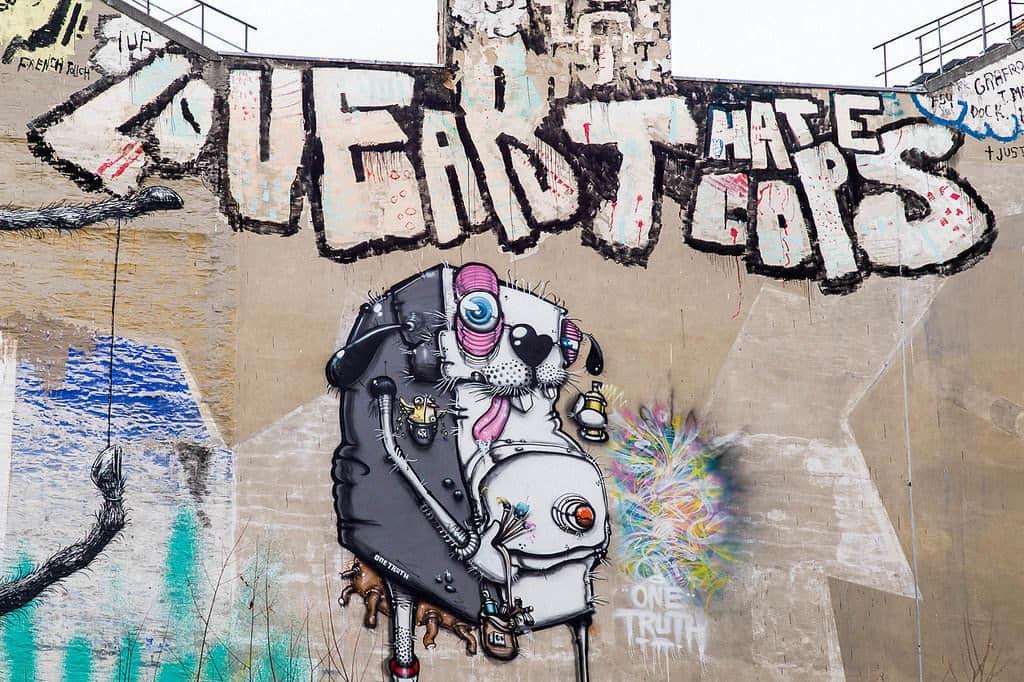 oranienstrasse graffiti berlin