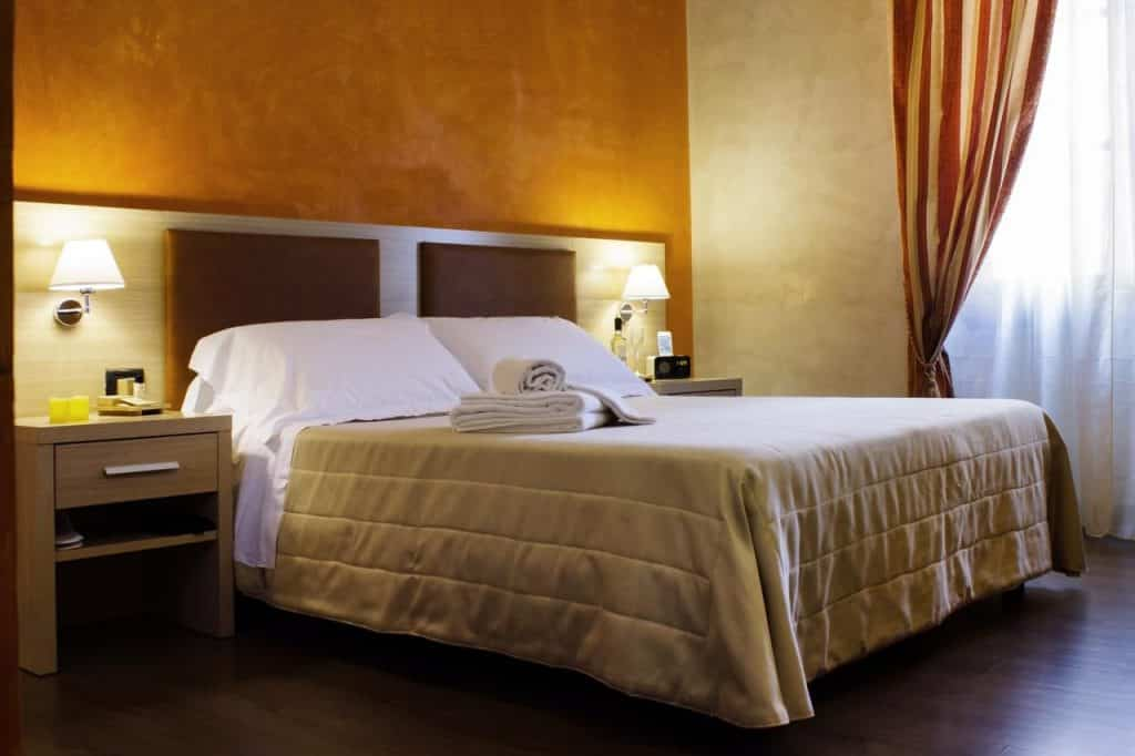 hotel residenza castelli florence quartier oltrarno