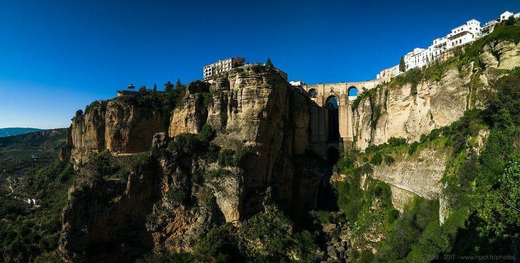 La superbe ville de Ronda et son pont époustouflant