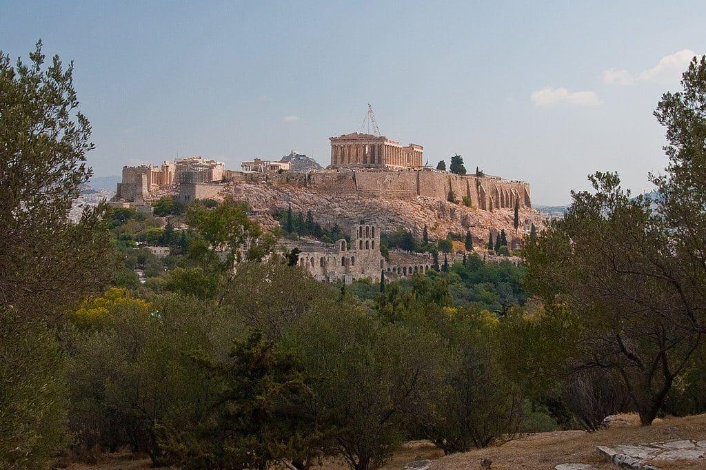 visiter Athènes avec vue de l'Acropole