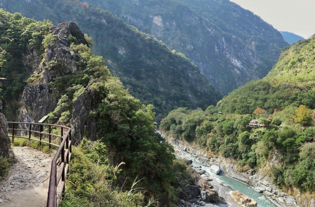 chemin parc national taroko taiwan