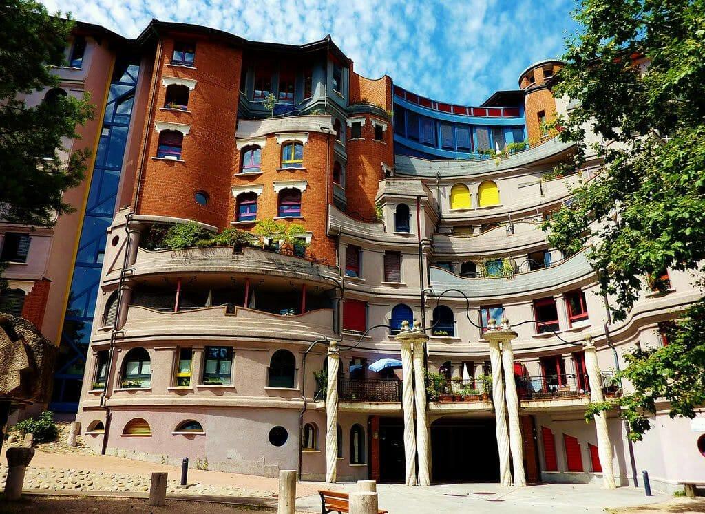 Genève La maison des Schtroumphs et sa folie architecturale