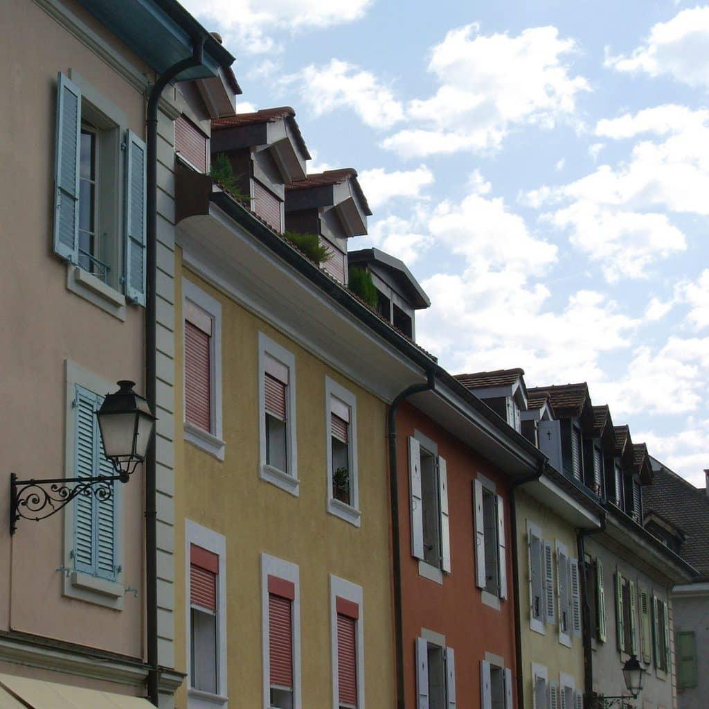 Genève le quartier Carouge bohème et animé