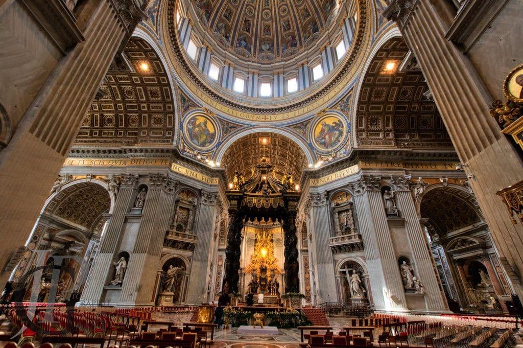 Visiter la basilique Saint Pierre plus grande église catholique au monde