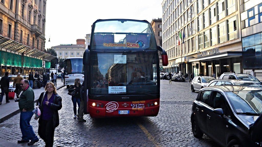 Viister Vatican et Rome les bus touristique à ciel ouverts inclus dans le pass