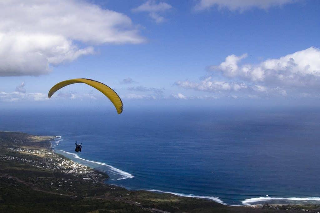 Vol de parapente et vue magnifique de l'ile de la Reunion