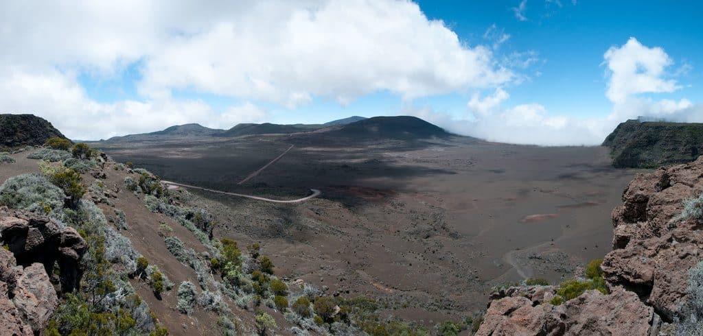 Vue du Piton de la Fournaise à l'Ile de la Réunion
