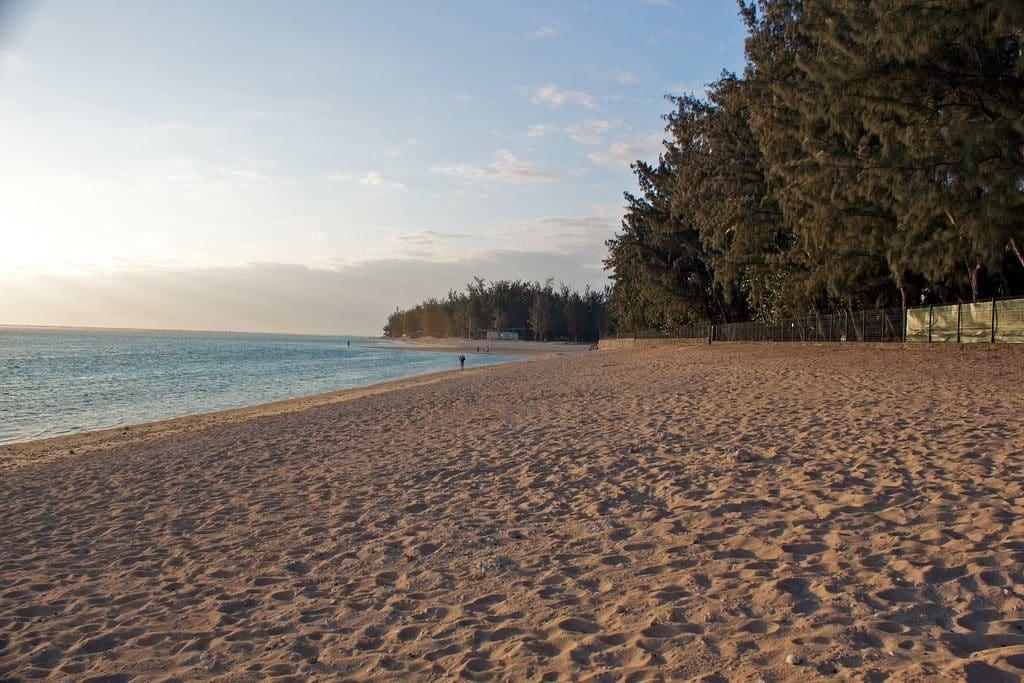 La plage de l'Ermitage à l'Ile de la Réunion