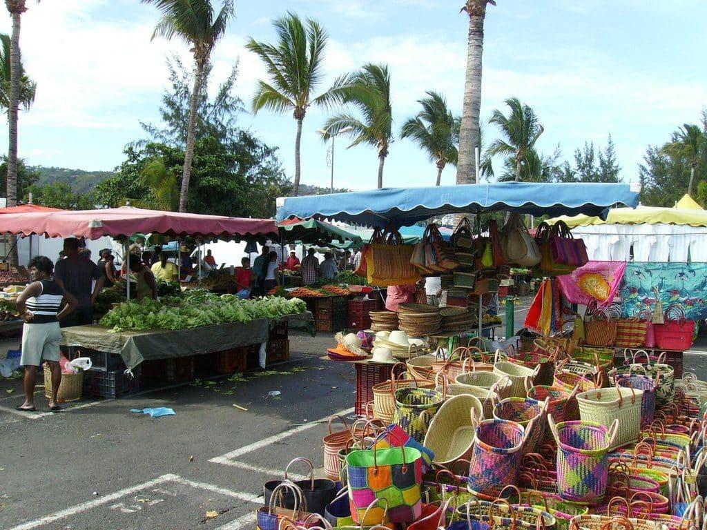 Le marché Saint Paul idéal pour la gastronomie créole