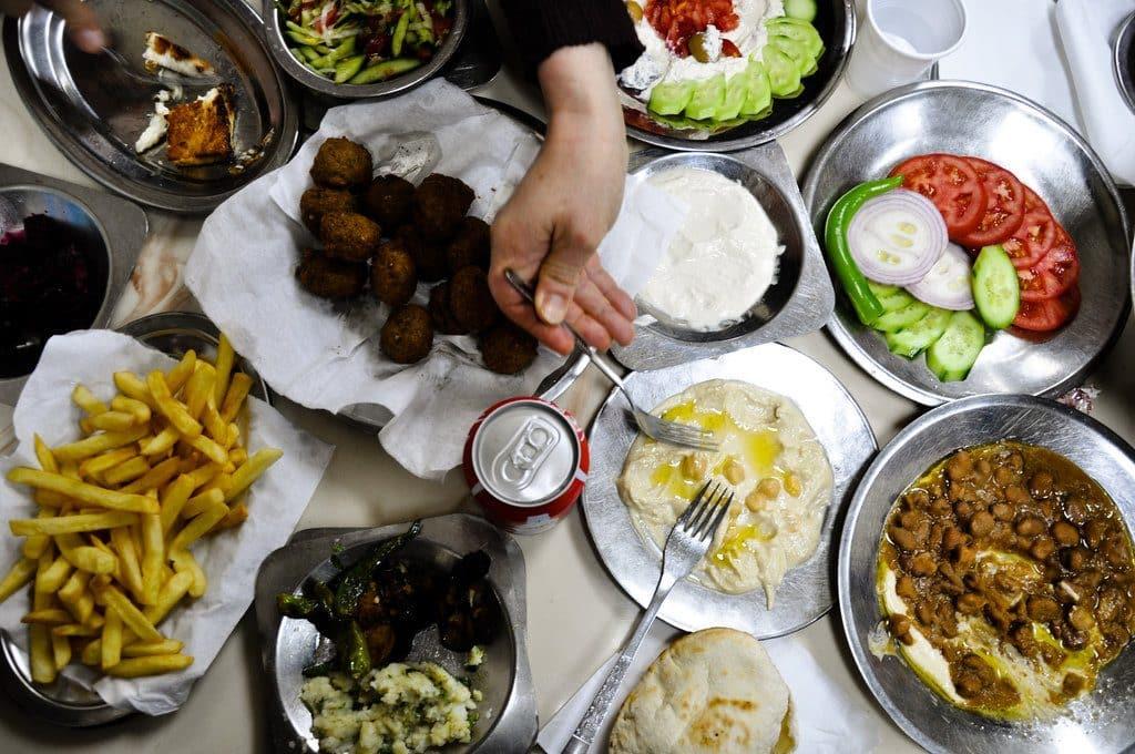 Préférer manger traditionnel égyptien avec quelques frites