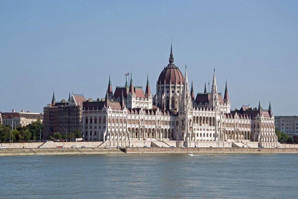 Itinéraire pour visiter Budapest le Parlement Hongrois