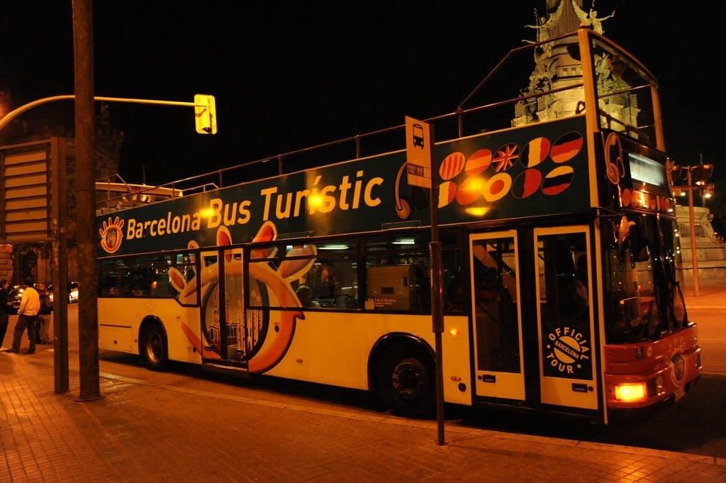 faire le touriste à Barcelone en bus