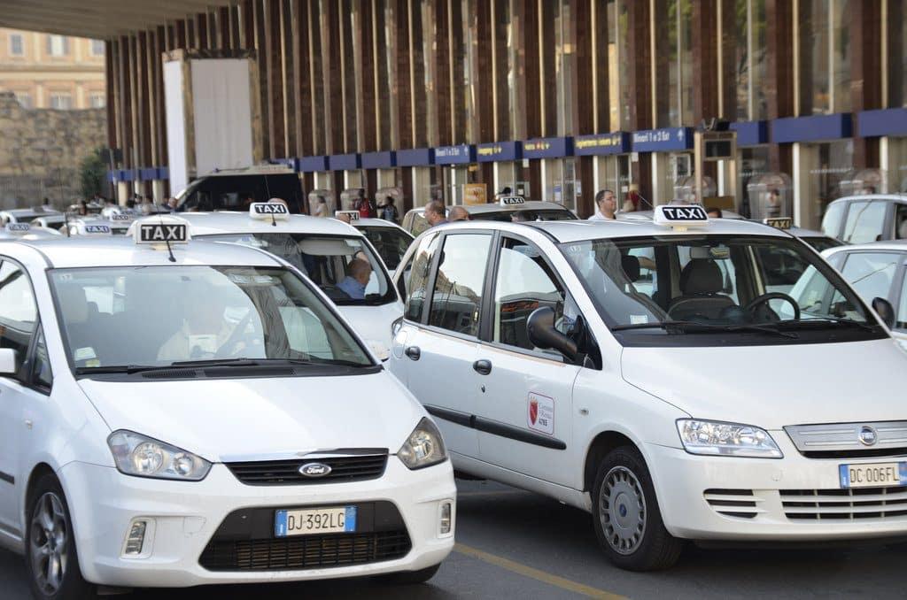 Les taxis officiels de la ville de Rome