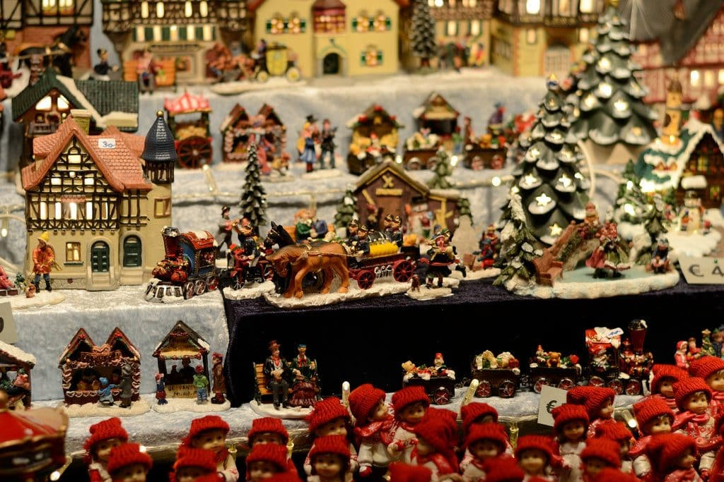 Marché de Noel traditionnel et ses stands