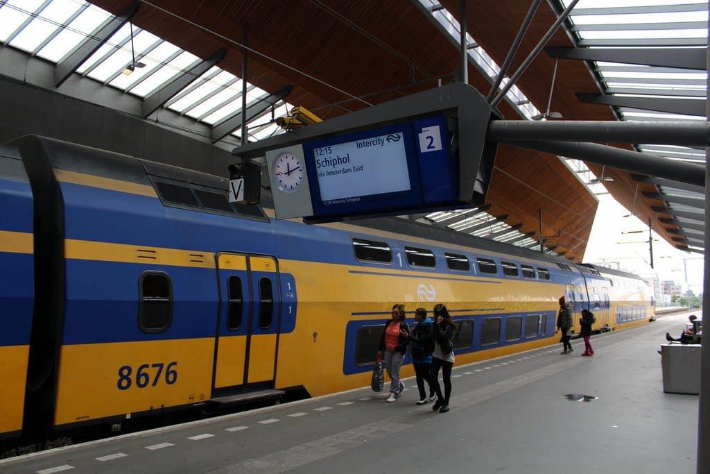 transfert aeroport Amsterdam Gare centrale